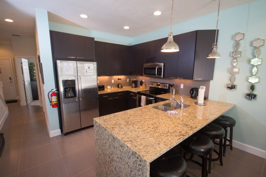 Kitchen Area - Granite Countertops