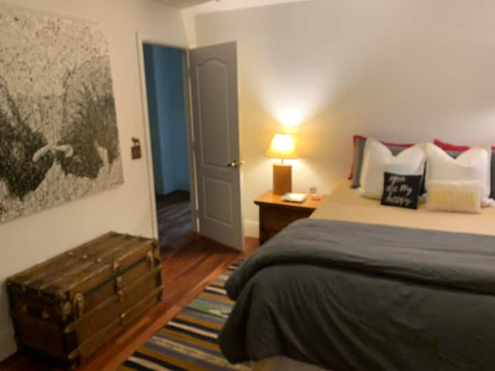 Upgraded 1 Bed Condo in Edwards, Private