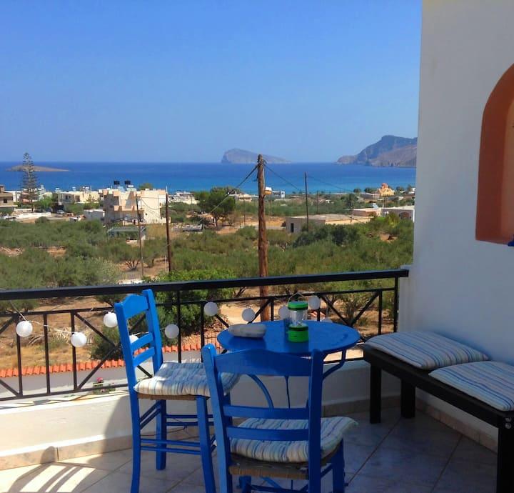 Exploring  Crete_00000094337
