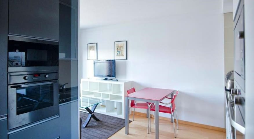 Best In Pancoran L'Avenue Apartment