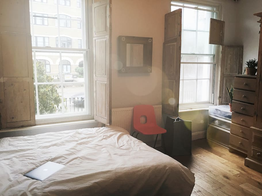 The bedroom facing Hackney Road