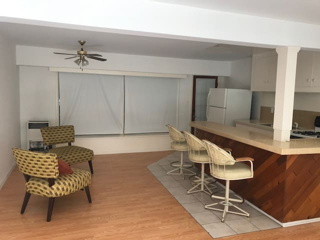 Hollywood Dell 1 bed Apartment