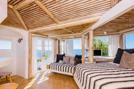 A Hidden Gem in Pacific Palisades with Ocean Views