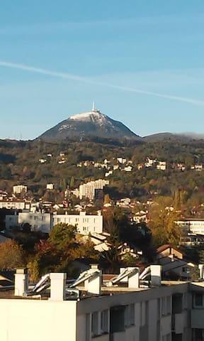 Le bonheur. - Clermont-Ferrand - Departamento