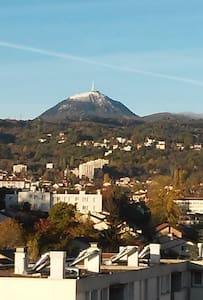 Le bonheur. - Clermont-Ferrand