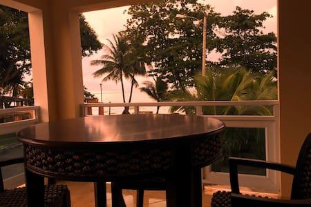VillaPlaya 2 at the beach-up to 12 - Villa