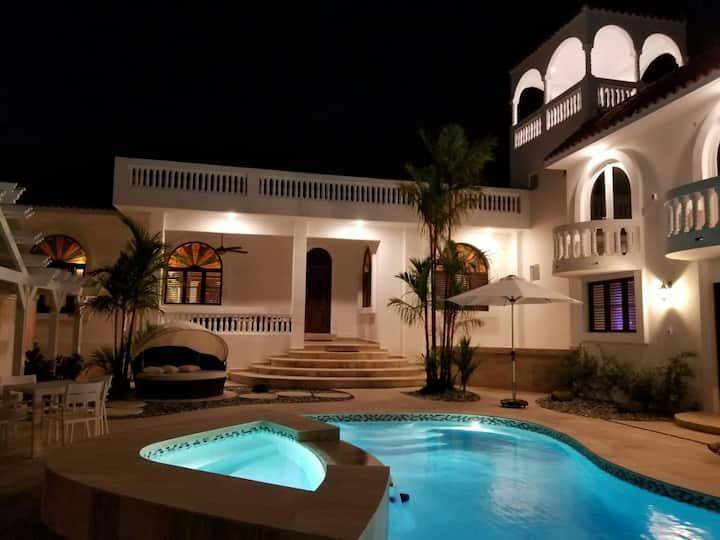 Villa Italia, Isla Verde -San Juan