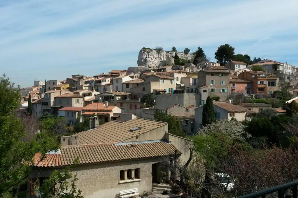 T3 a 15 mns d aix en provence appartements louer for Location t3 salon de provence