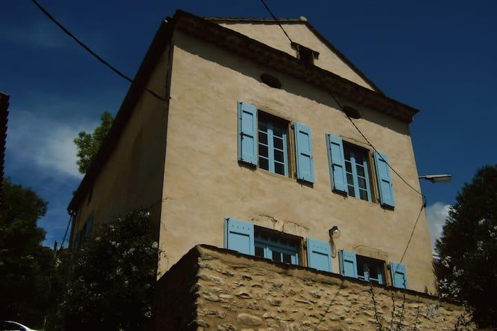 Maison de charme à louer