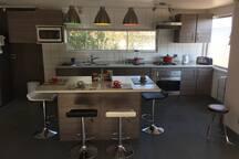Casa Algarrobo Norte, muy amplia y cómoda