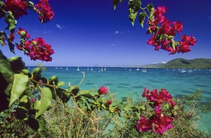 Villa arvilya, Pointe marin beach and car