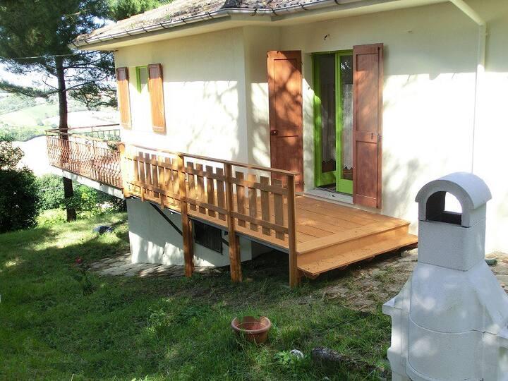 Casa Edda apartment with terrace and garden