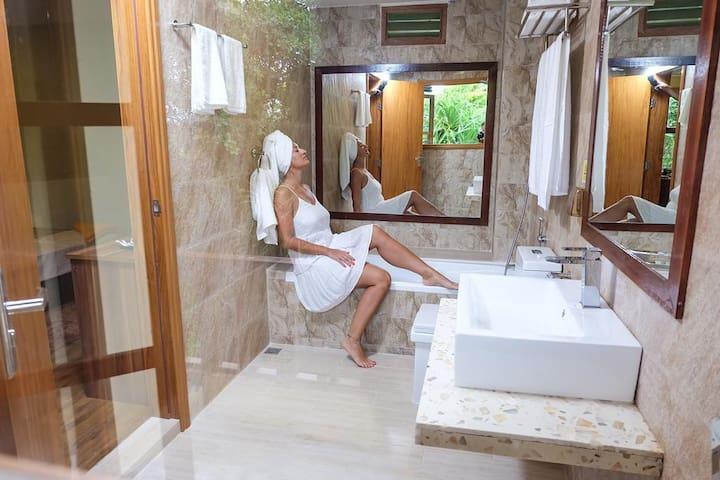 Beach View Room Bathroom