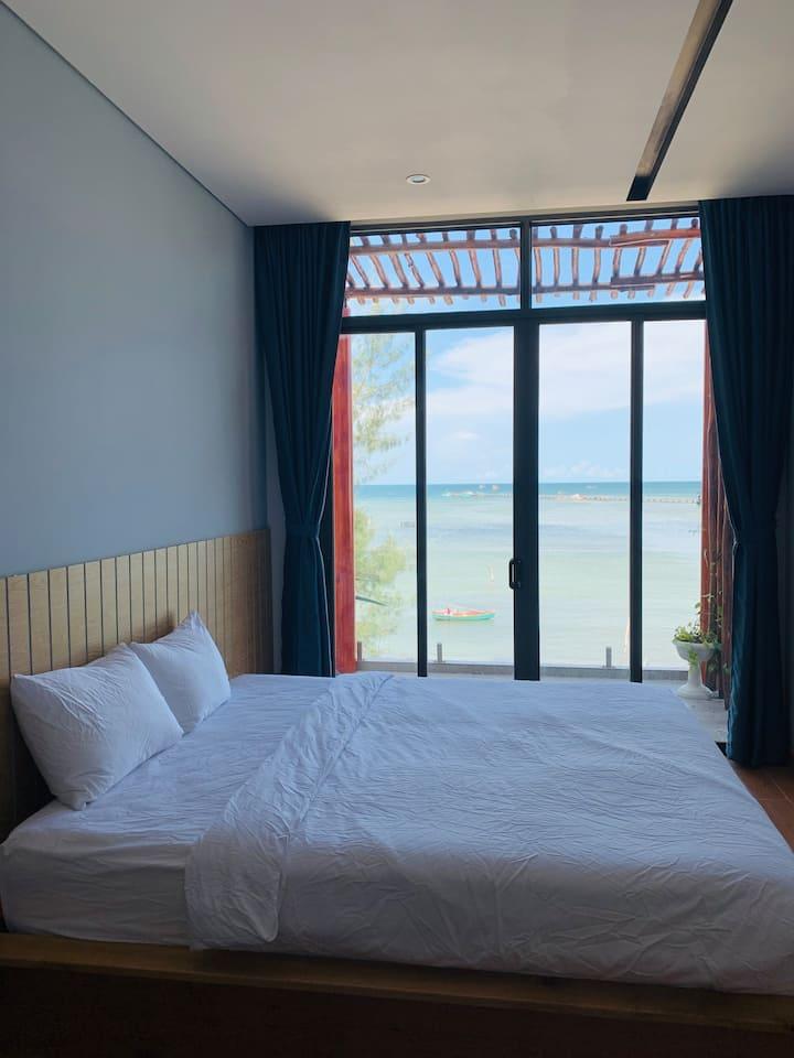 Aurora Beach House 4 - Room with Seaview & Balcony