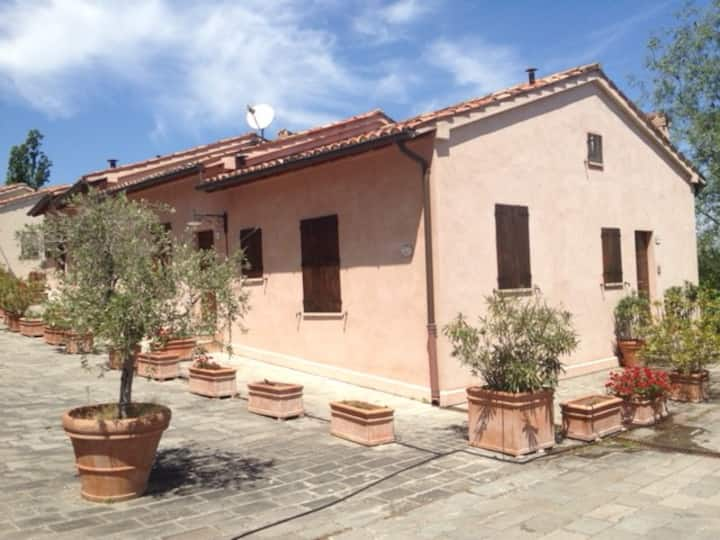 Appartamento Casetta Indipendente Montegridolfo