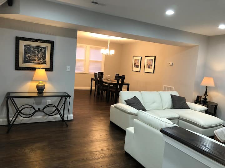 Entire Townhome! Newly Renovated, Fully Furnished!