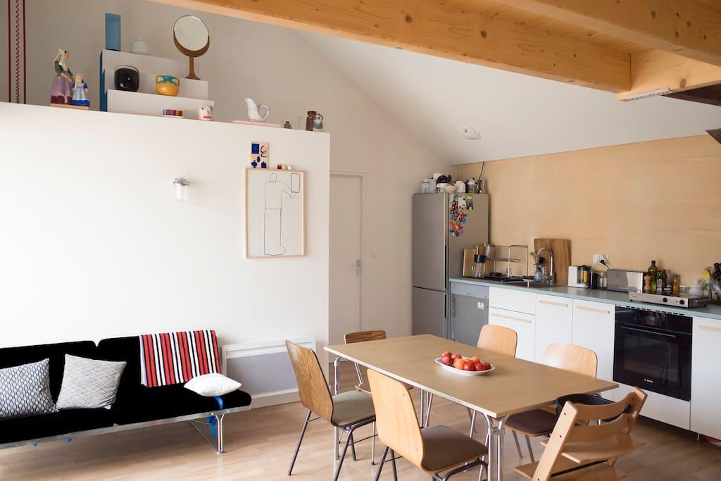 Le salon / cuisine