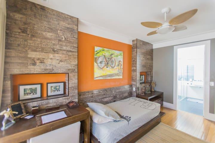 Suite individual em casa de luxo