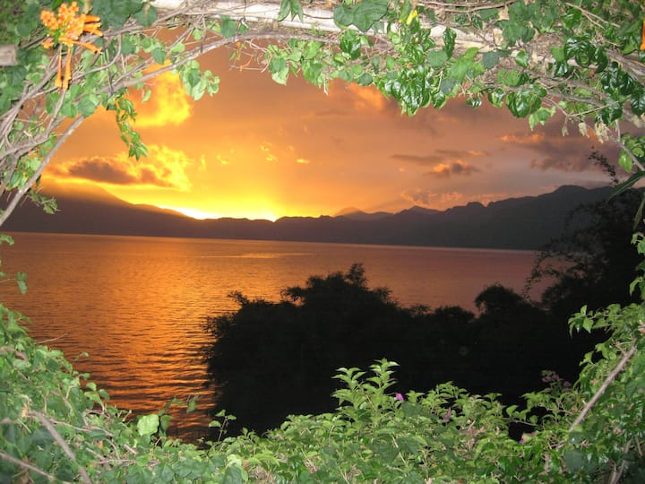 Lake Atitlán The Moroccan Loft