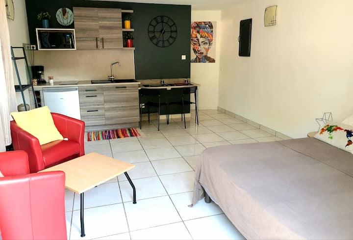 studio cosy 30 m2 entre la  ville et la mer