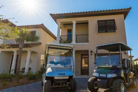 Sail Away offers 4 bedroom & 4 bathroom Sandestin Home in Villa Lago with 2 Golf Carts Included!!! - Miramar Beach - Villa