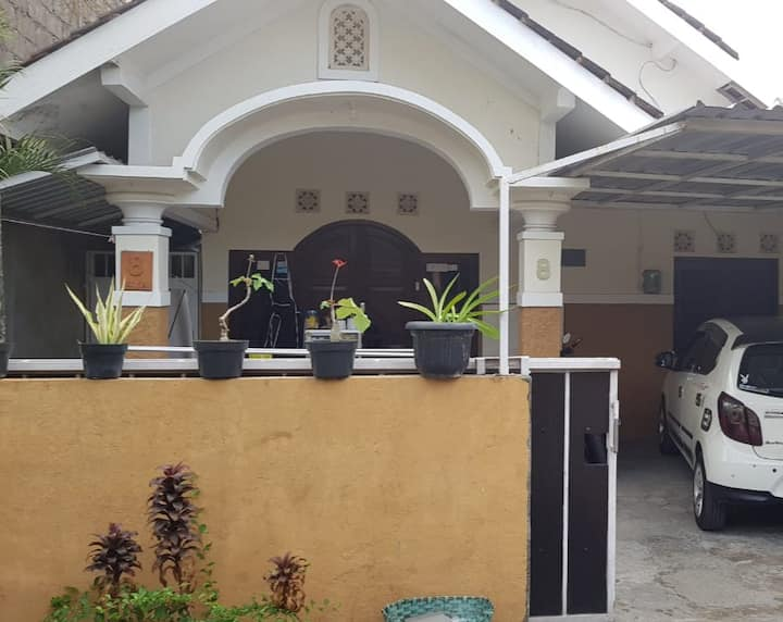 Clean house with 2 bedrooms for your holiday
