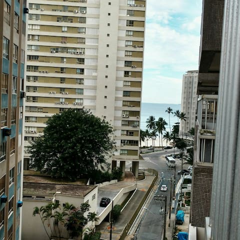 Apto 100 m da Praia Pitangueiras - Guarujá - Apartment