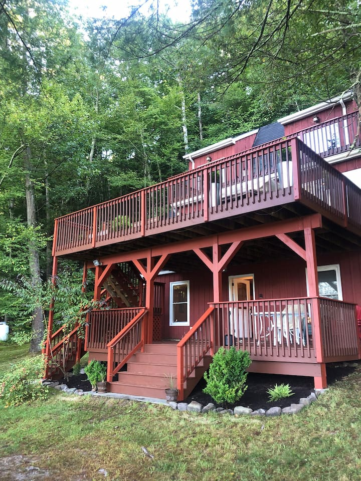 Year Round Retreat Delaware River 90 mil from NYC