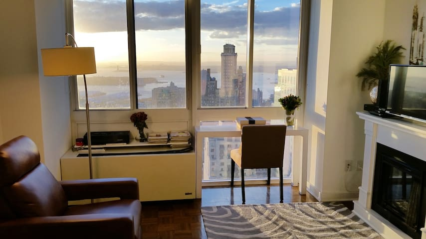 LUXE BDRM En Suite Bath,Hi Rise View near Barclays - Brooklyn - Leilighet