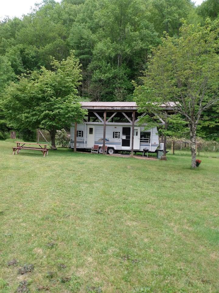 Nita's creekside camper