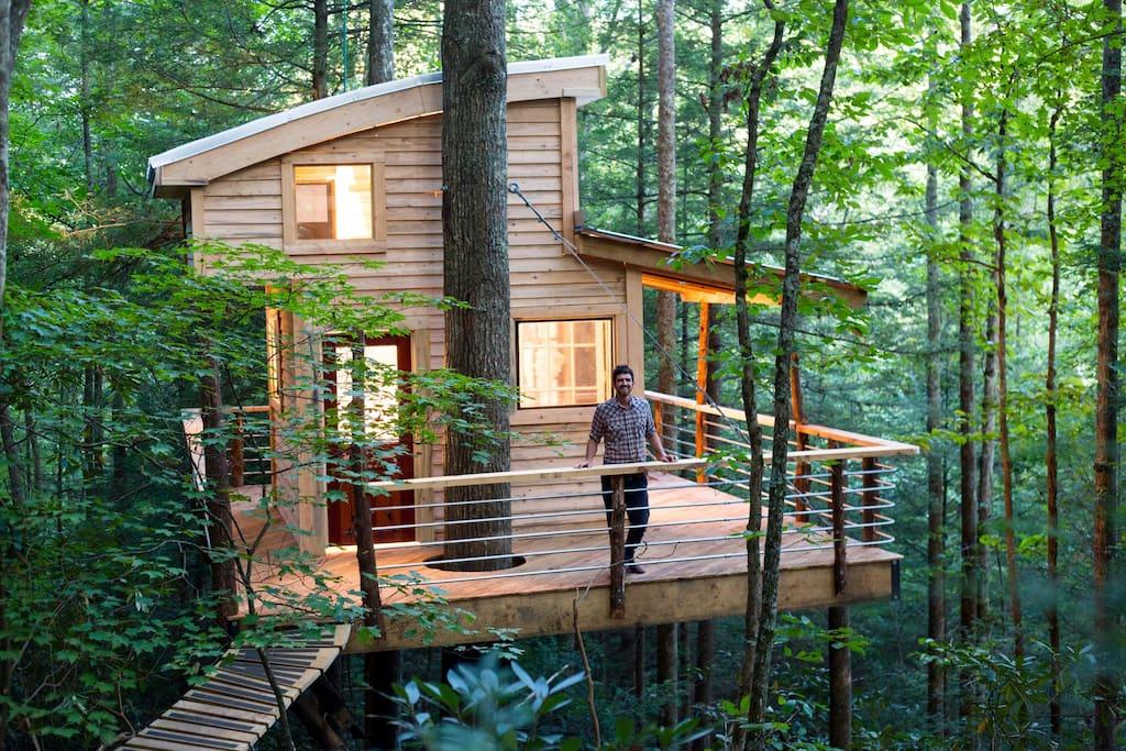 The Sylvan Float Treehouse