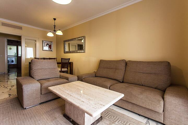 Lounge_view 1