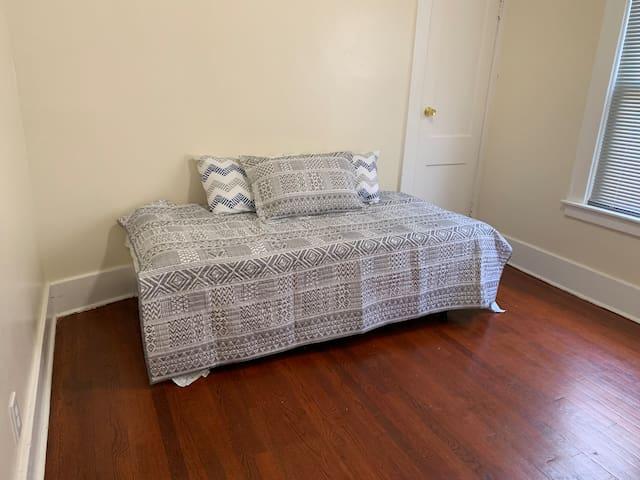 Private room in apartment