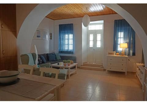 Top central location apartment in Tinos Cyclades