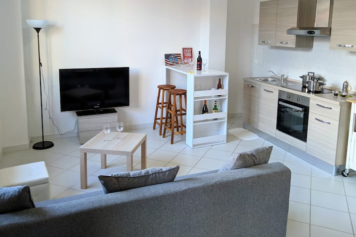 Bright, calm apartment, for relaxing holidays