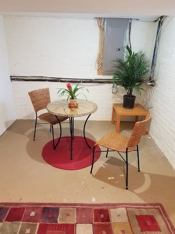 Comfortable, Private Suite Next to Byrd Park - Richmond - Townhouse