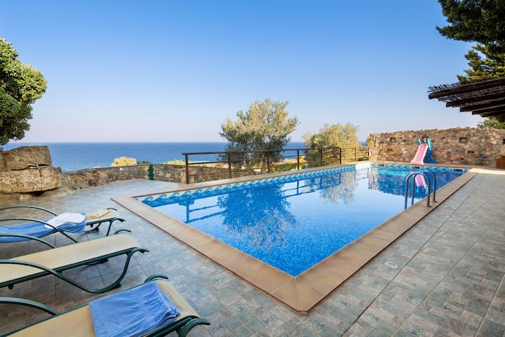 4bedroom luxury villa in Elafonisos, Kimothoe - Chania - Villa