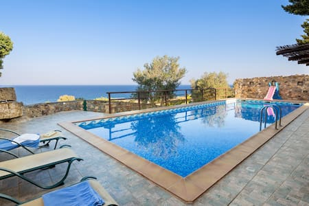 4bedroom luxury villa in Elafonisos, Kimothoe - ハニア