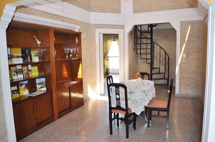 Amplio penthouse en Centro Historico de Asuncion