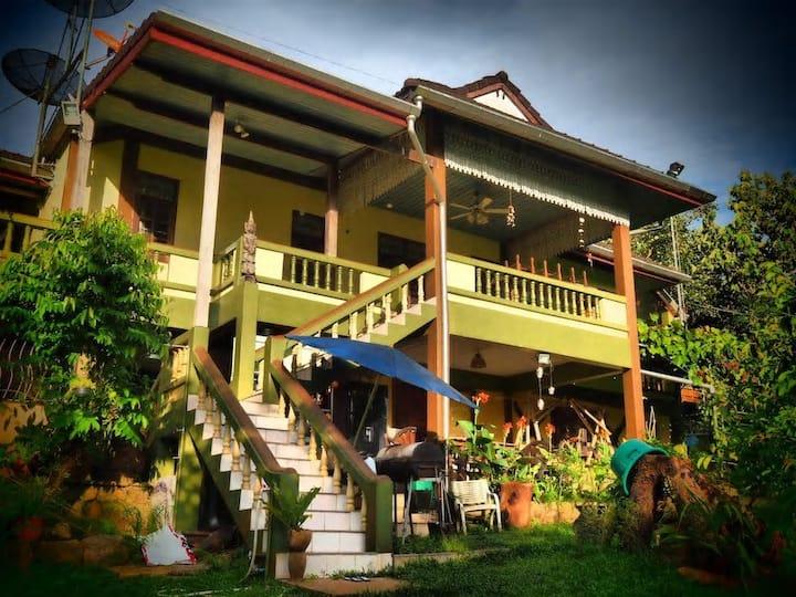 Ecovilla 3 : Semi rural Thai - Ex Governors House