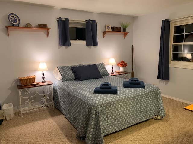 Finger Lakes 2 Bedroom Guest Suite