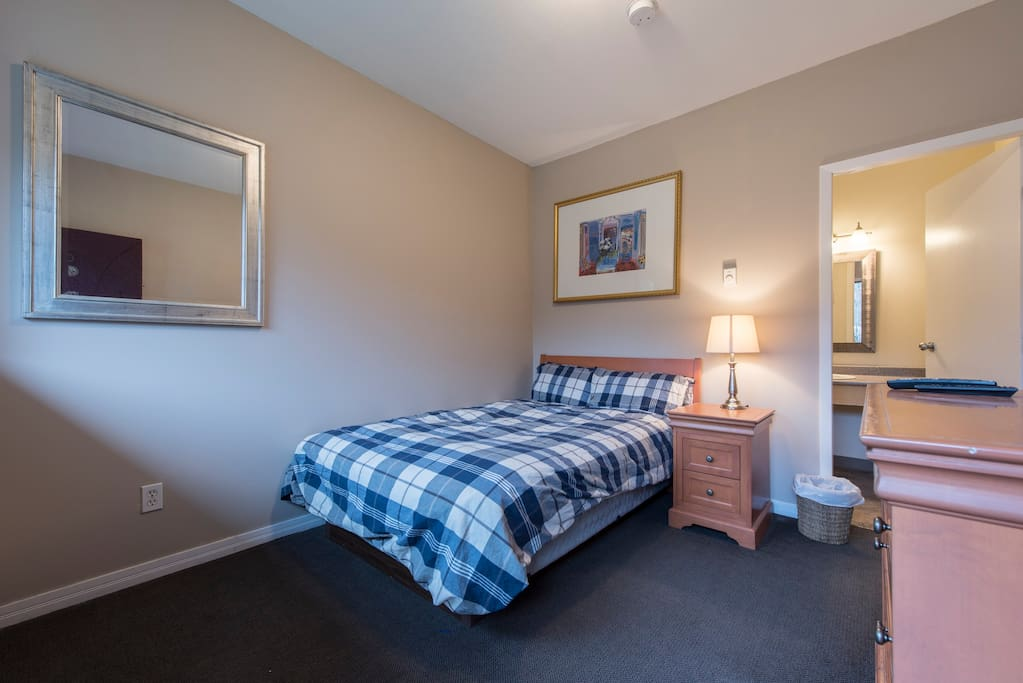 Double bed, private washroom