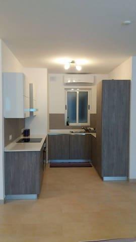 Central Apartment - Attard - Ħ'Attard - อพาร์ทเมนท์