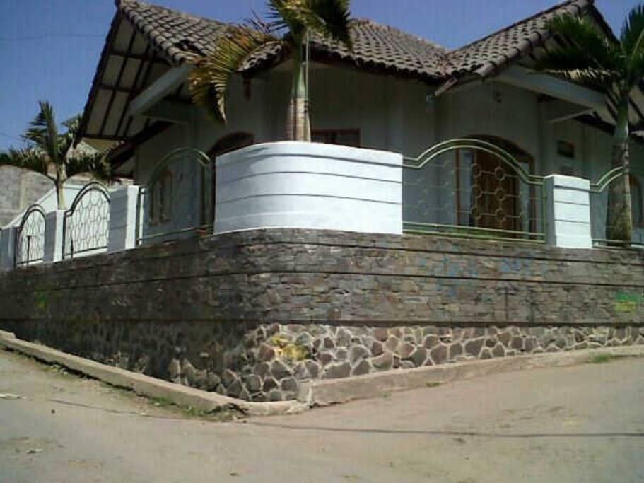 Jl Bukanagara II no 185, hook jalan