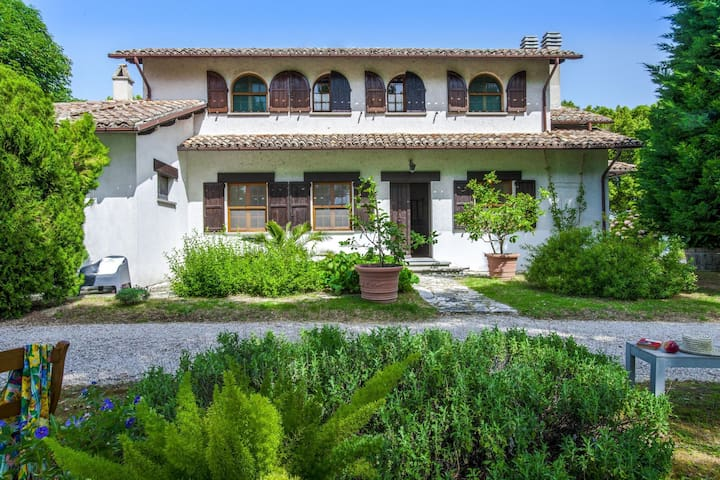 Dreamy Holiday Home in Fano near Sea with Garden and Parking