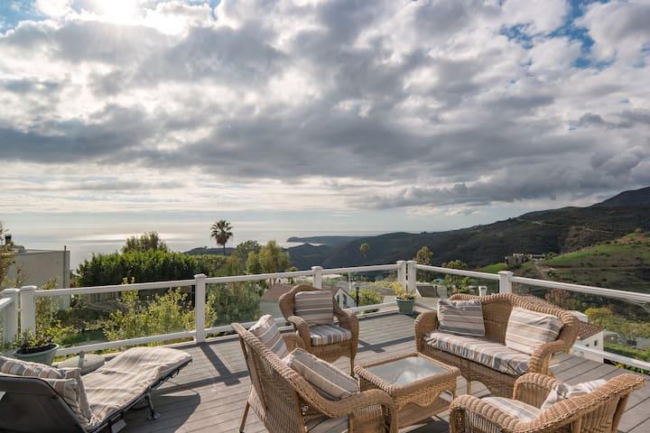 Malibu luxury home w/ ocean view, jacuzzi & BBQ!! - Malibu - Casa