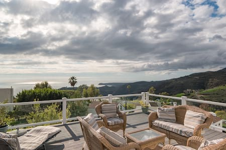 Malibu luxury home w/ ocean view, jacuzzi & BBQ!! - Малибу - Дом