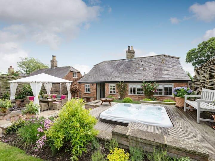 Joll's Cottage (UKC2648)