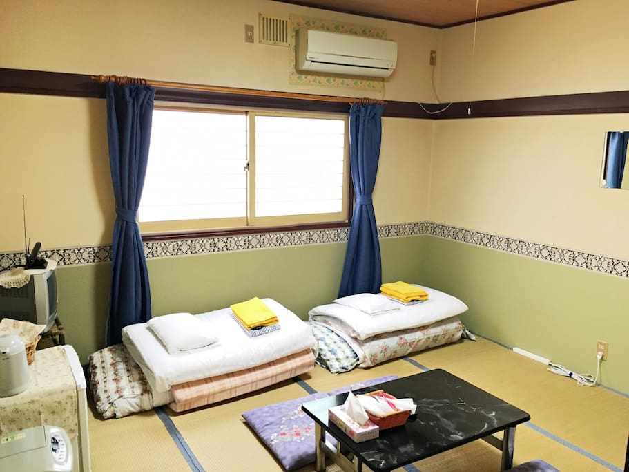 Japanese-Style Triple Room with Shared Bathroom - Non-Smoking : Traditional Japanese style futon, 3 pairs are provided.