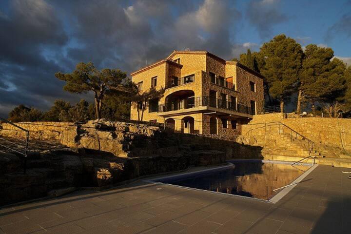 Casa amb vistes a Siurana i el Priorat